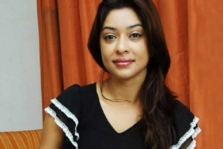 'India, If I Am Found Hanging From The Ceiling, Remember This, I Didn't Commit Suicide': Payal Ghosh