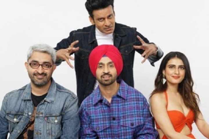 Suraj Pe Mangal Bhari Director Abhishek Sharma Urges Makers To Release Films in Theatres