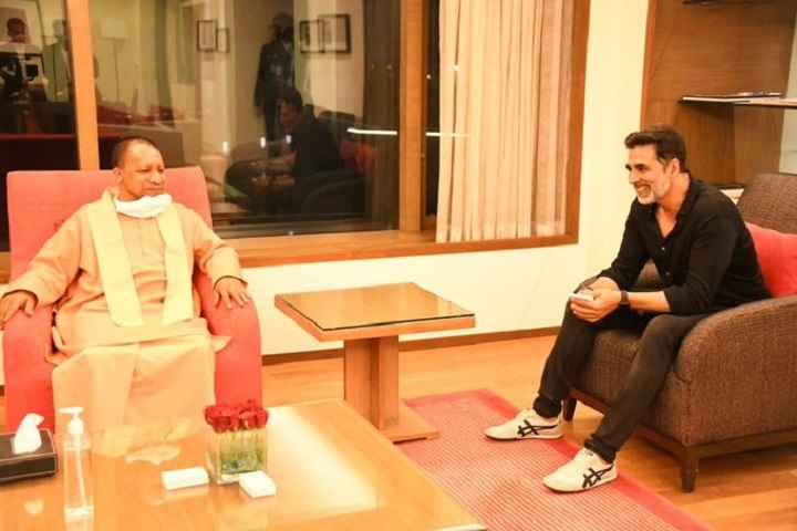Bollywood Superstar Akshay Kumar Meets Uttar Pradesh Chief Minister Yogi Adityan...