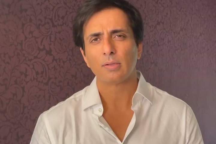 Sonu Sood To Those Who Couldn't Save Their Loved Ones, 'You Didn't Fail, We did'