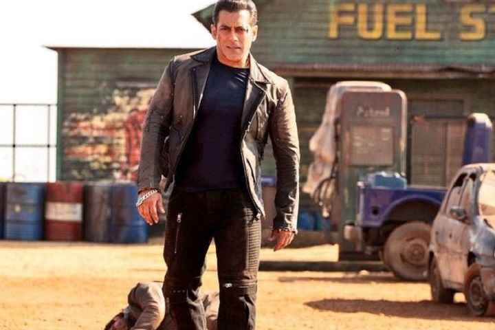 Salman Khan Apologizes To Cinema Owners; Wishes To Release Radhe In Theaters When Lockdown Ends