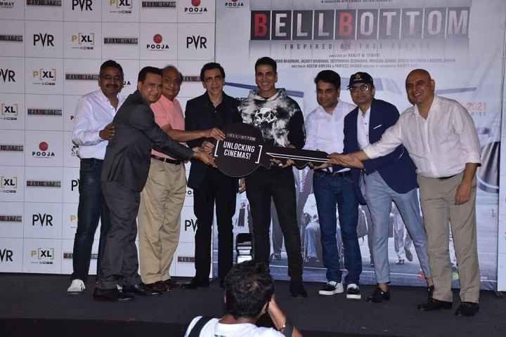 Akshay Kumar's Bell Bottom Looks For Smooth Nationwide Release As Theaters In Maharashtra Expected To Reopen Soon