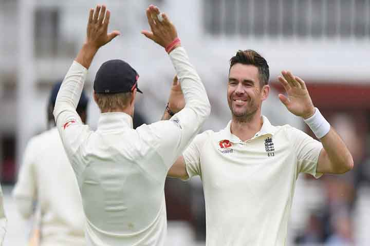 India Surrendered To Broad And Anderson