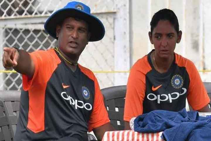 Harmanpreet, Mandhana Came In Support Of Powar And Want Him To Continue As Coach