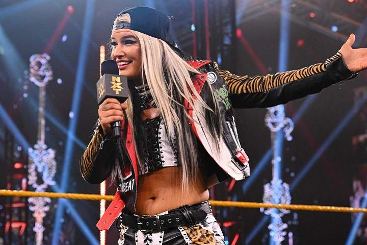 Toni Storm Wins Her WWE SmackDown Debut Match
