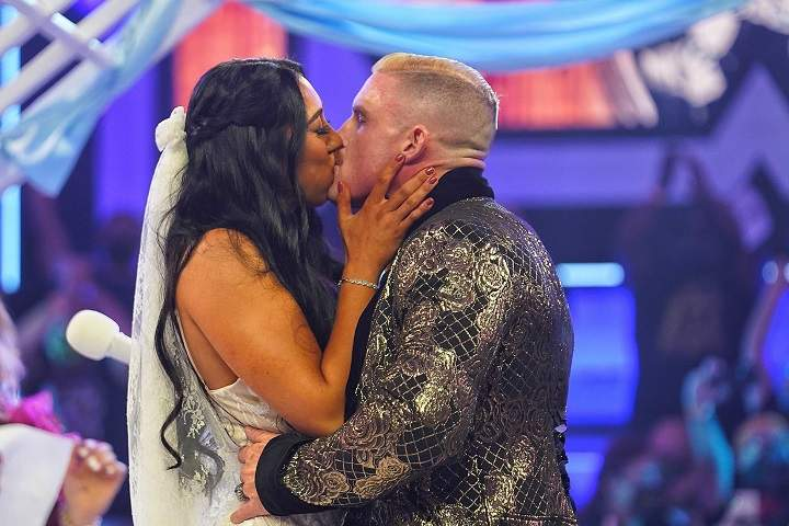 No Interruptions As Dexter Lumis Weds Indi Hartwell