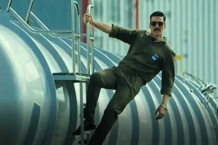 Watch - The Official Teaser Of Bell Bottom Starring Akshay Kumar Is Out Now