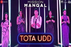 Tota Udd-Mission Mangal Photo